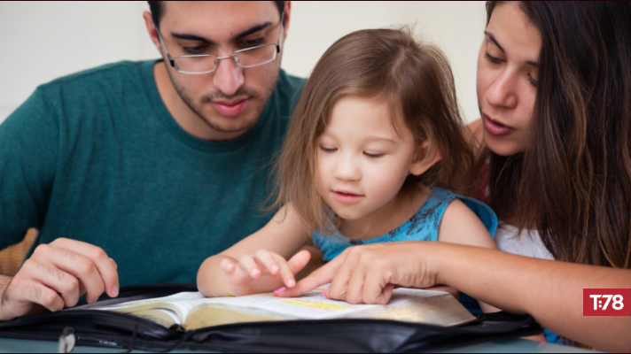 Enjoying the Many Benefits of Family Devotions